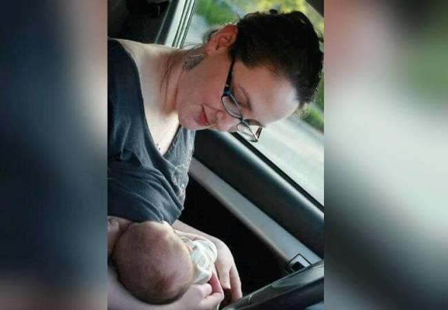 Δεν θηλάζουμε ΠΟΤΕ το μωρό στο αυτοκίνητο