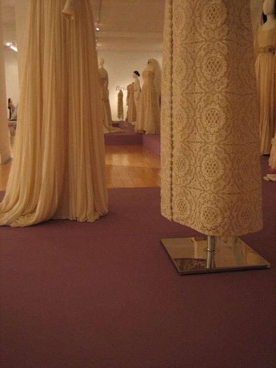 νύφες στο μουσείο μπενάκη