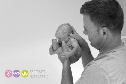 Εκπληκτικές φωτογραφίες δείχνουν πως χωρούσε το μωρό στη μήτρα 4