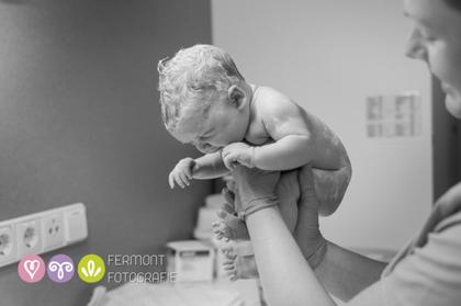 Εκπληκτικές φωτογραφίες δείχνουν πως χωρούσε το μωρό στη μήτρα 6