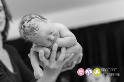 Εκπληκτικές φωτογραφίες δείχνουν πως χωρούσε το μωρό στη μήτρα 7