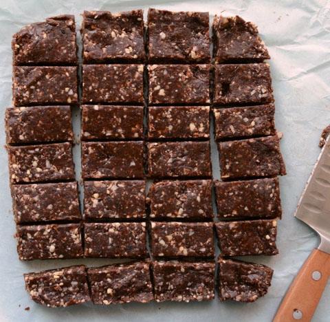 Υγιειενές μπάρες σοκολάτας χωρίς ψήσιμο 2