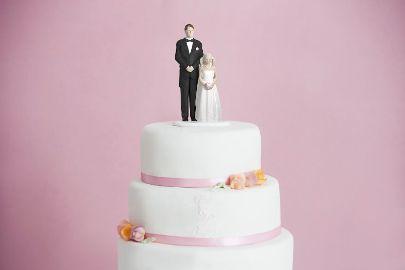 η 12χρονη νύφη από τη Νορβηγία τούρτα