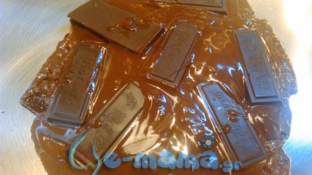 λιωμένη σοκολάτα bounty