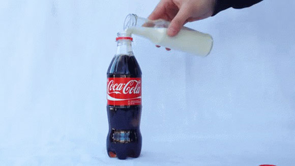 coca cola with milk