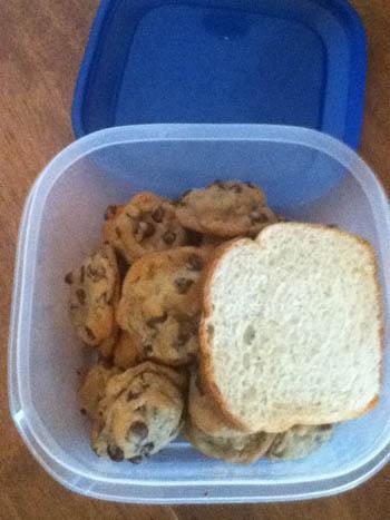 αποθηκεύστε μπισκότα με ψωμί