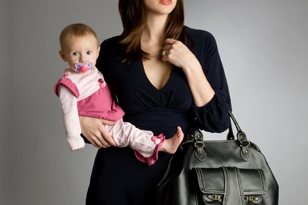10 πράγματα που δεν πρέπει ποτέ να πεις σε μία εργαζόμενη μητέρα