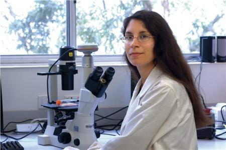 hassiotou biologist discovers stem cells in breastmilk