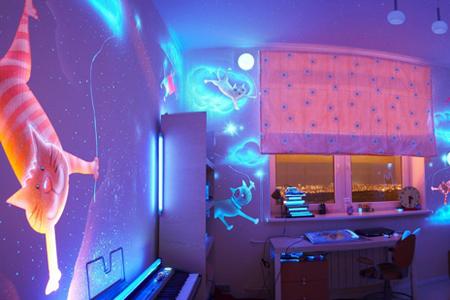 glow-in-the-dark-bedroom