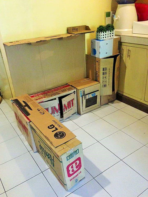 DIY-Cardboard-Play-Kitchen-Kids (1)