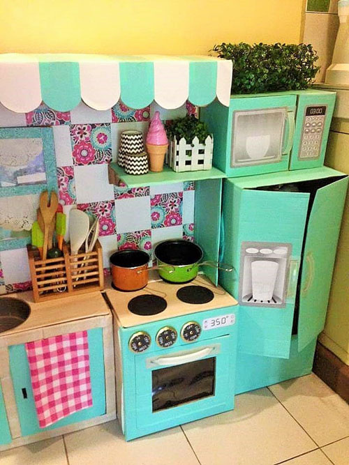 DIY-Cardboard-Play-Kitchen-Kids (5)
