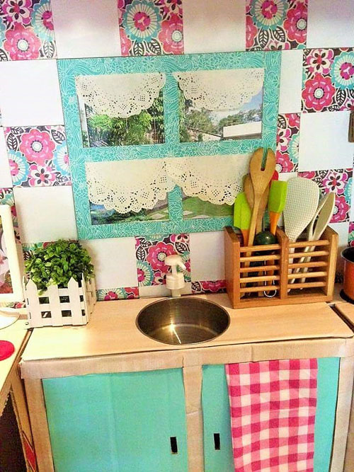 DIY-Cardboard-Play-Kitchen-Kids (6)