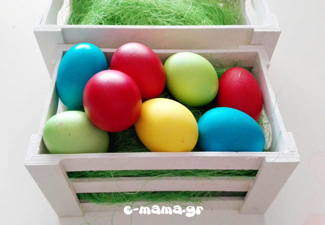diy-eggs-using-food-coloring