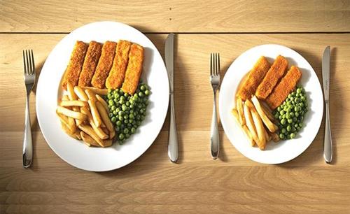 τρώμε σε μικρότερο πιάτο