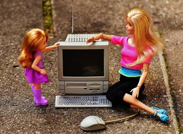Όταν τα παιδιά του διαδικτύου μεγαλώνουν τα δικά τους παιδιά