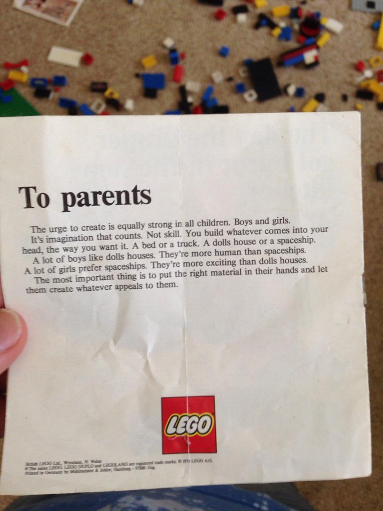 Το γράμμα που έστειλε η Lego σε γονείς τη δεκαετία του '70 με ένα ισχυρό μήνυμα μέχρι και σήμερα.