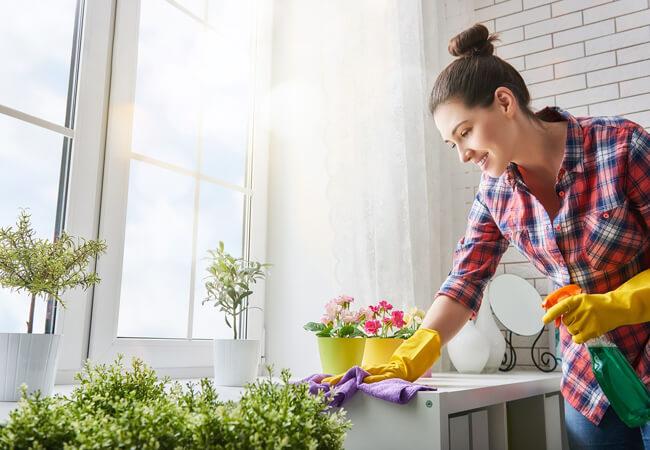 5 δουλειές του σπιτιού που δεν πρέπει να αφήνεις ποτέ για αργότερα