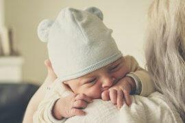 Δεν υπάρχουν ανεξάρτητα μωρά. Υπάρχουν μόνο μωρά που σε χρειάζονται.