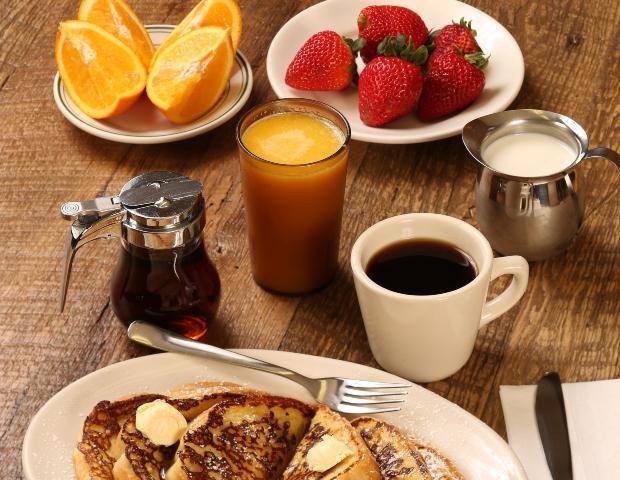 Πώς να φας υγιεινά στις διακοπές