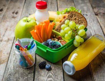 Χρήσιμες ιδέες για υγιεινό κολατσιό στο σχολείο