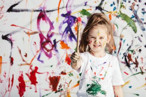 Μessy play: 5 λόγοι που είναι ευεργετικό για τα παιδιά