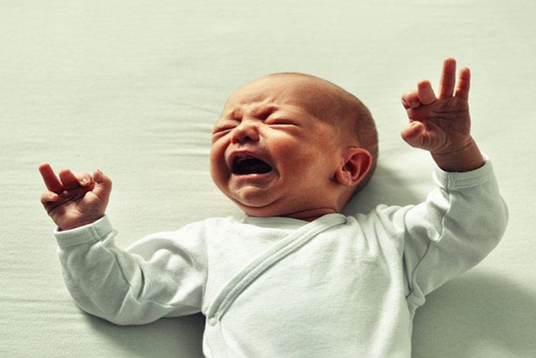 Οι νέοι γονείς χάνουν 44 μέρες ύπνου τον πρώτο χρόνο του μωρού