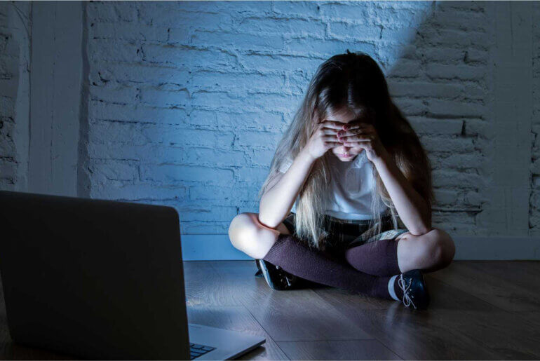 Μεγάλος ο κίνδυνος οι παιδόφιλοι να αποκτήσουν ελευθερία στο διαδίκτυο