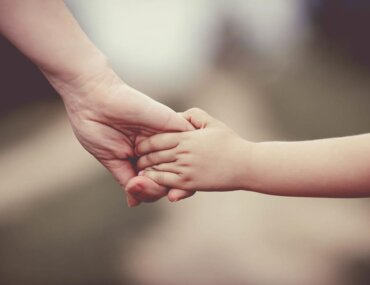 Δωρεάν Διαδικτυακές Ομάδες Γονέων από το Συμβουλευτικό Κέντρο της Ένωσης Μαζί για το Παιδί