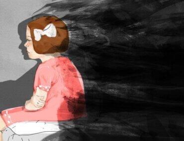 Alice Miller: Η κακία «διδάσκεται» στην παιδική ηλικία από τους ίδιους τους γονείς